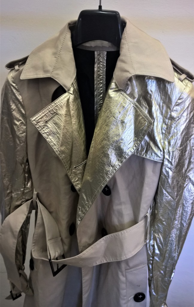 Canvas trench with laminated silver foil effect