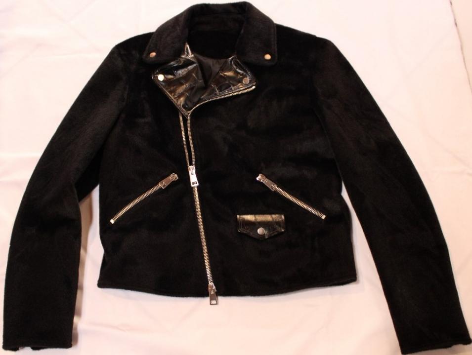 Crew-cut fake fur jacket