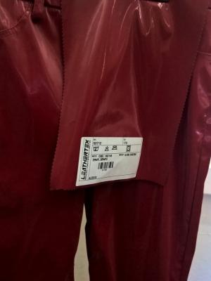 Pantalone donna in fintapelle poliuretano con effetto bagnato
